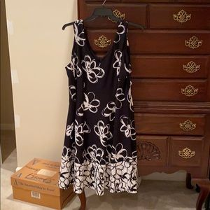 Sandra Darren black & white dress